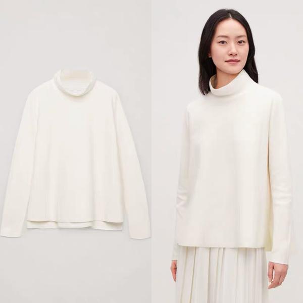 COS 高领套头象牙色毛衣 价格约790元