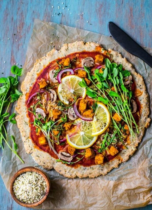 传统pizza  图片源自brit.co