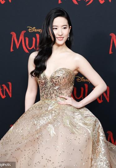 《花木兰》在世界惊艳?刘亦菲真的好美!