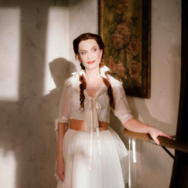 伊莎贝尔在电影主题馆中的角色